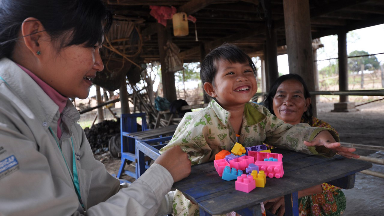 35 years after it was founded in the Cambodian refugee camps in Thailand, Handicap International continues to support the most vulnerable Cambodians, including thousands of survivors of landmines and explosive remnants of war.