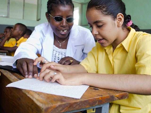 Handicap International works to encourage the inclusion of children with disabilities in schools. It also helps protect the most vulnerable children in remote regions and supports villagers to prepare for natural disasters.