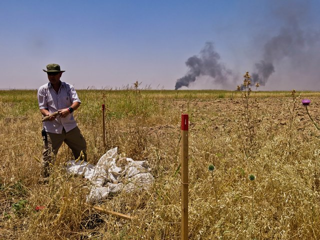 Handicap International's demining expert, Simon Elmont, coordinates the organization's efforts to protect civilians from explosive remnants of war in Iraq. These actions aim at clearing areas formerly contaminated (previous wars) or zones affected more recently by conflicts, such as territories occupied by the Islamic State group.