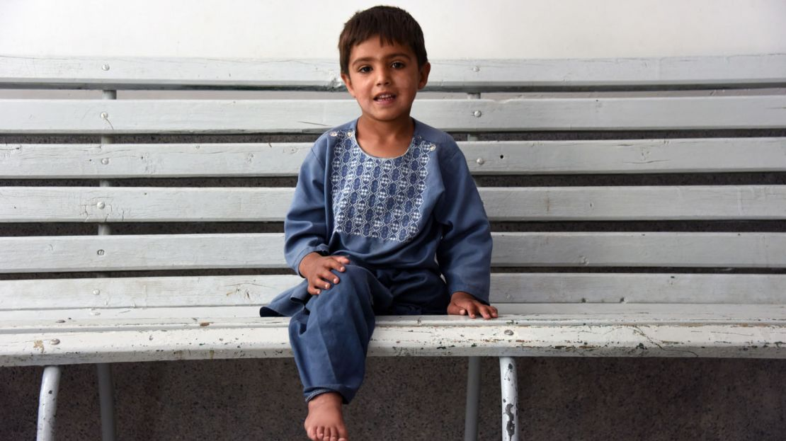 Sanaullah is 5 years old and was victim of a mortar in Afghanistan.