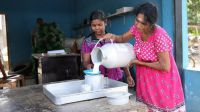 Women from Sri Lanka received HI support to have their own economic project; }}