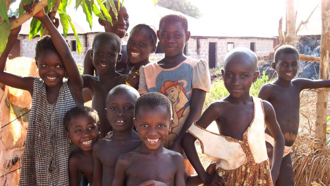 Group of children in Guinea-Bissau